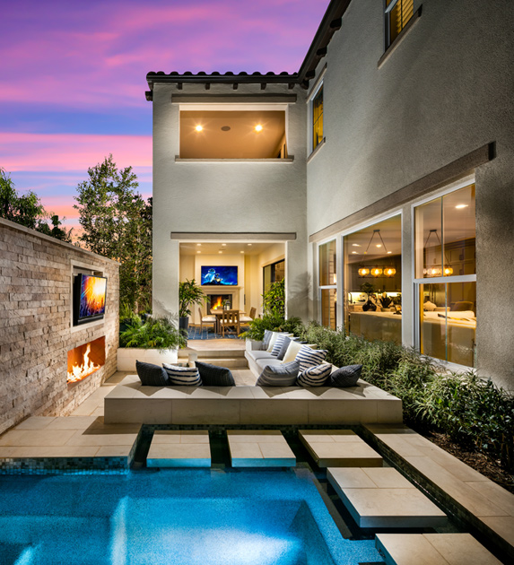 The canyons at porter ranch peak collection the for Luxury outdoor living spaces