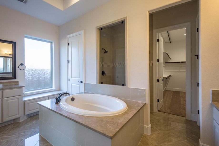 bathroom design images new luxury homes for in tx woodson s 10336