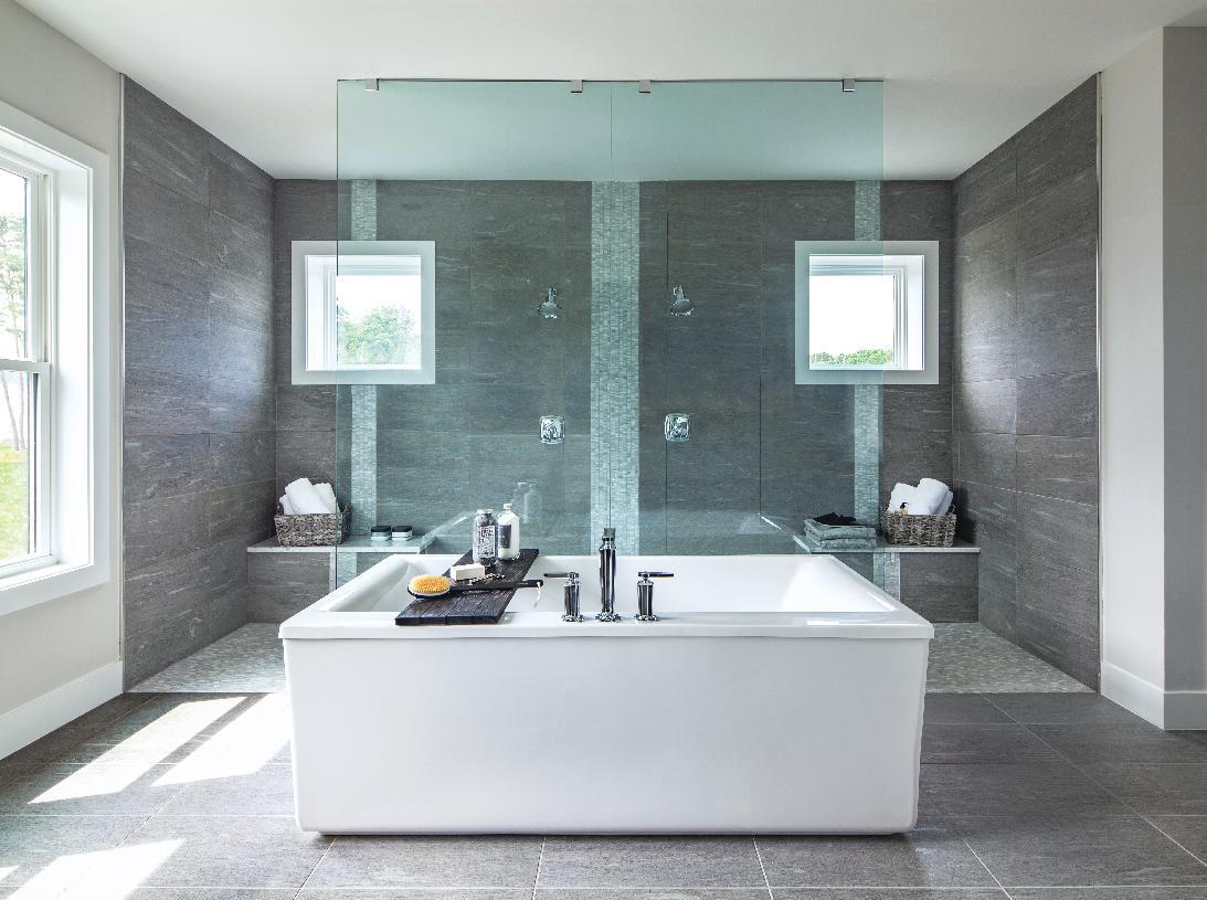 Rylan Primary Bath