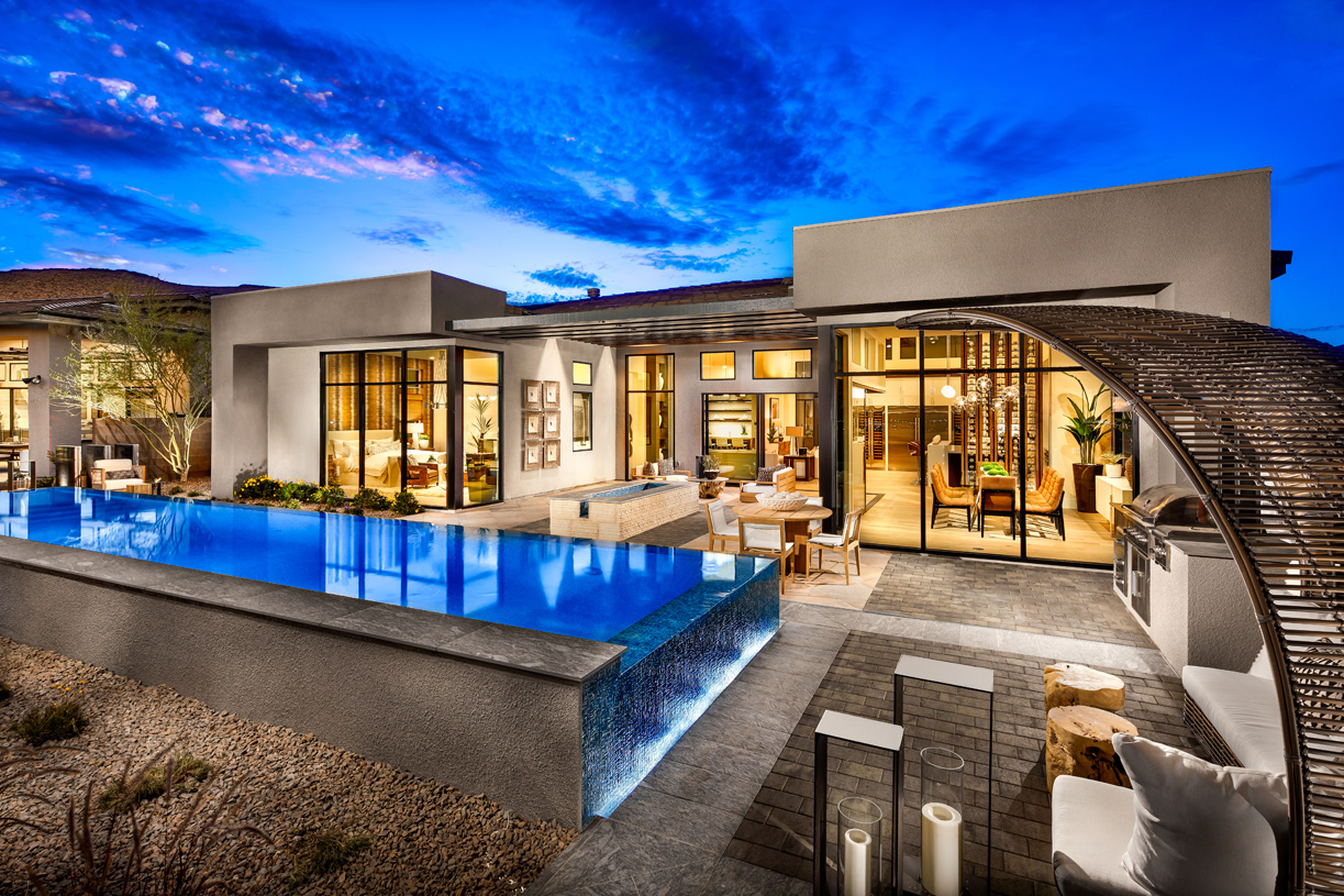 Stunning outdoor retreat with infinity pool