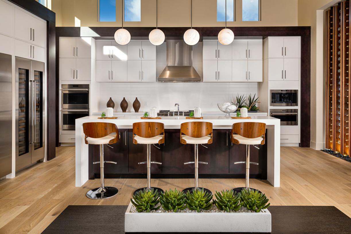 Gourmet kitchen with breakfast bar