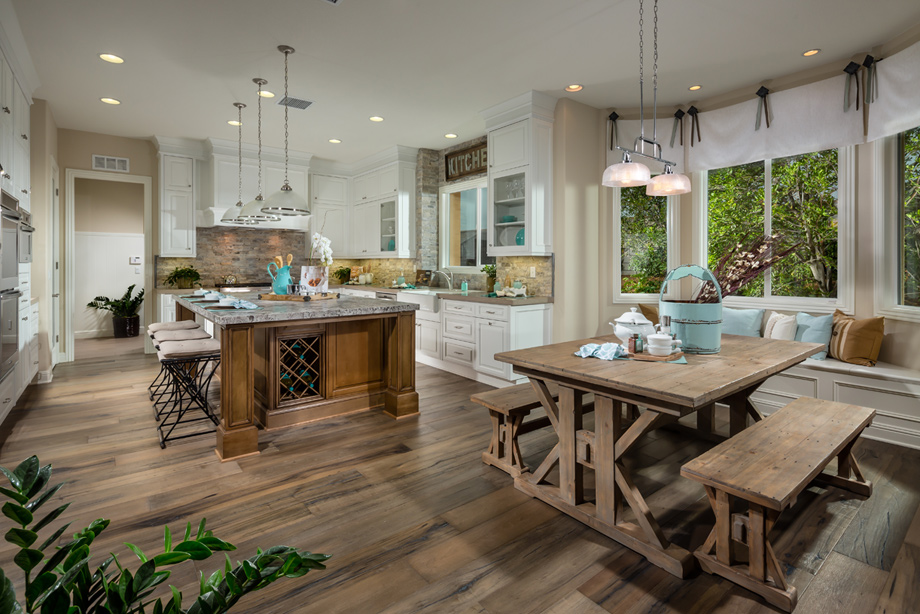 Masters at moorpark country club the santa barbara home for Santa barbara kitchens