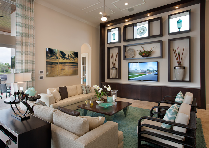 Family Room 2nd View Royal Palm