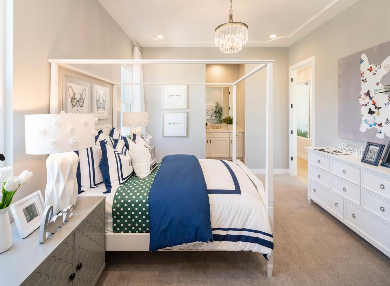 Spacious secondary bedroom suites with en-suite bathroom