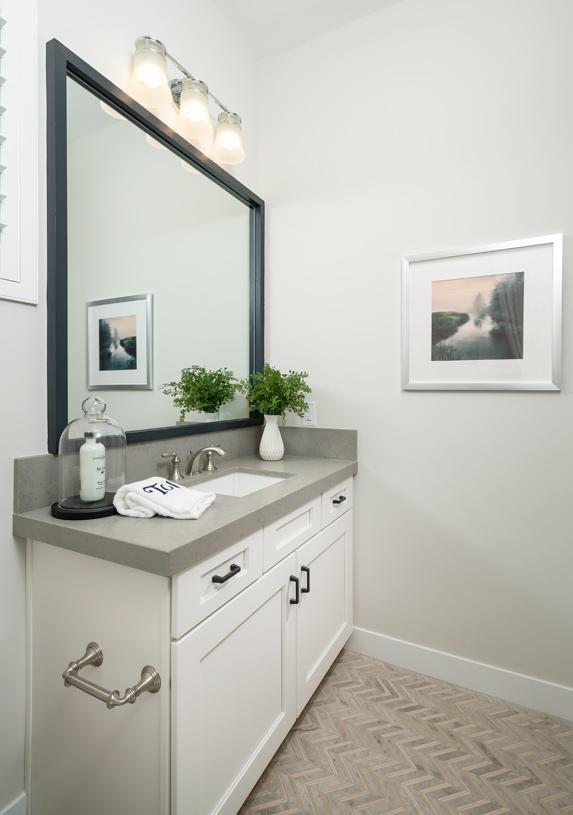 Beautiful secondary bathrooms