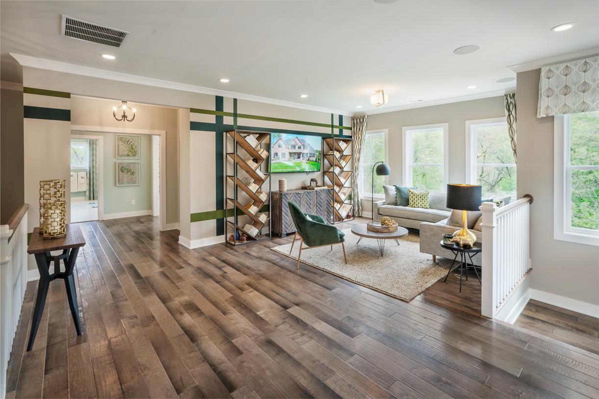 Amazing second-floor loft space